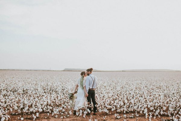 this-alternative-elopement-inspiration-in-a-cotton-field-is-perfect-for-fall-emily-nicole-photo-36
