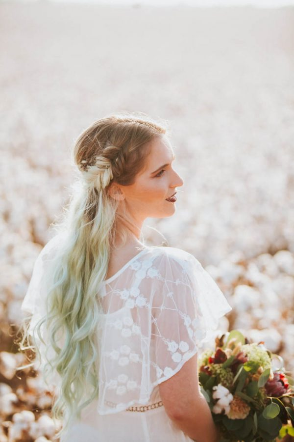 this-alternative-elopement-inspiration-in-a-cotton-field-is-perfect-for-fall-emily-nicole-photo-7