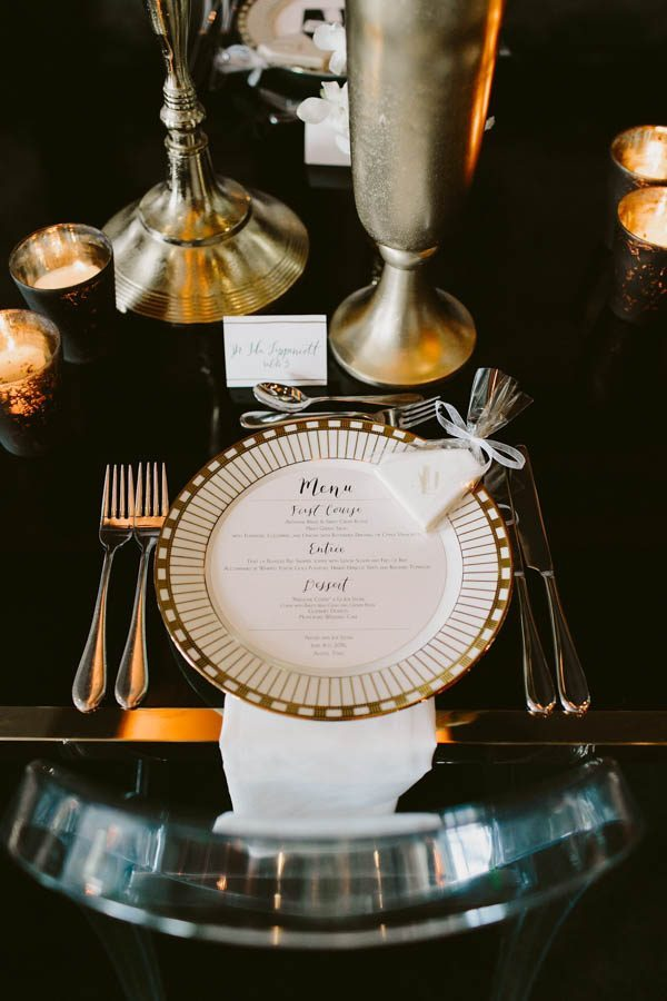 this-austin-rooftop-wedding-at-hotel-van-zandt-is-impossibly-glam-brandon-scott-photography-24-600x900