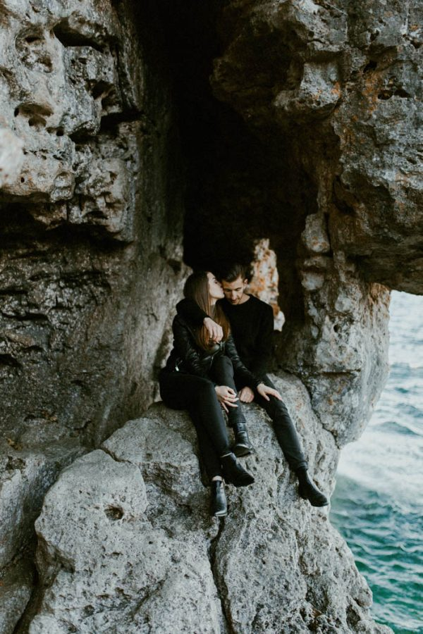 this-blogger-couple-celebrated-their-engagement-in-bruce-peninsula-national-park-inna-yasinska-photography-13