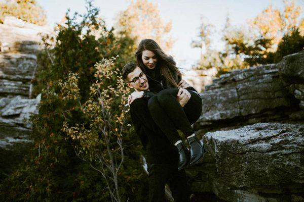 this-blogger-couple-celebrated-their-engagement-in-bruce-peninsula-national-park-inna-yasinska-photography-5
