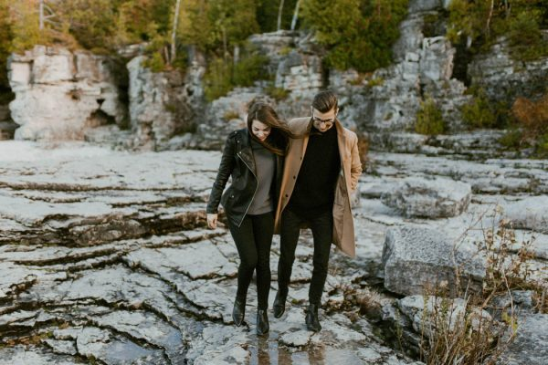 this-blogger-couple-celebrated-their-engagement-in-bruce-peninsula-national-park-inna-yasinska-photography