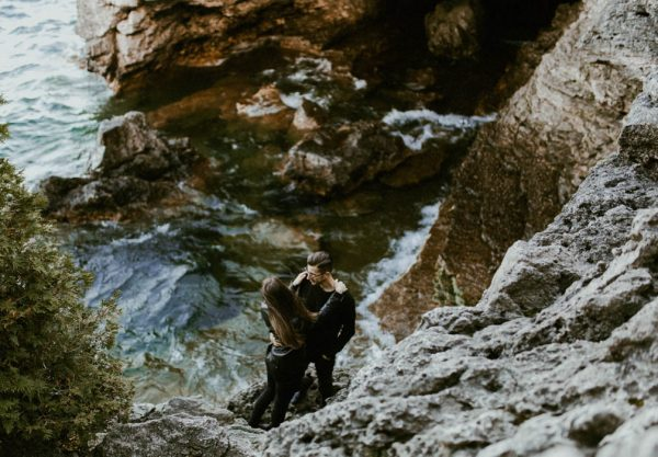this-blogger-couple-celebrated-their-engagement-in-bruce-peninsula-national-park-inna-yasinska-photography-7