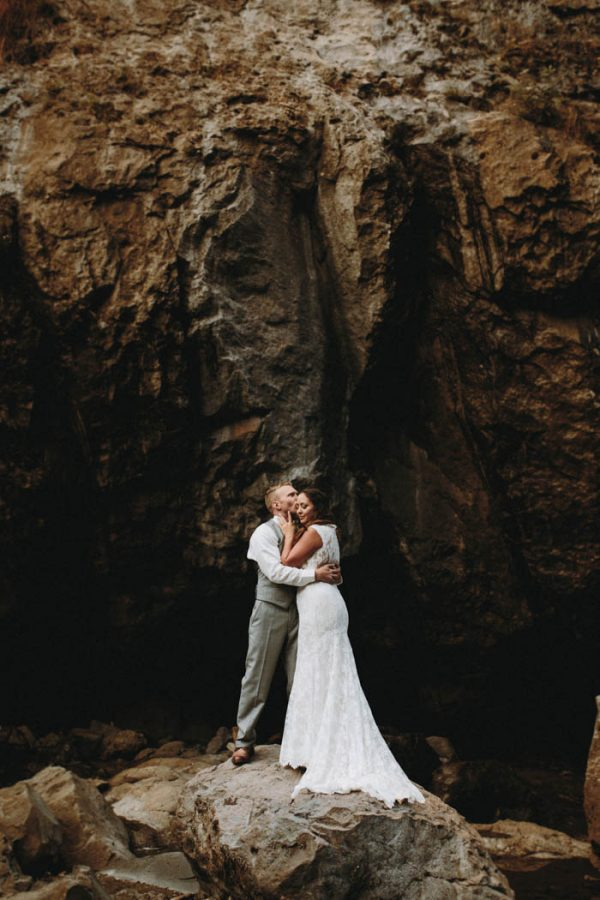 travel-inspired-wedding-in-the-woods-of-north-bend-wa-anni-graham-photography-11