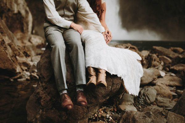 travel-inspired-wedding-in-the-woods-of-north-bend-wa-anni-graham-photography-13