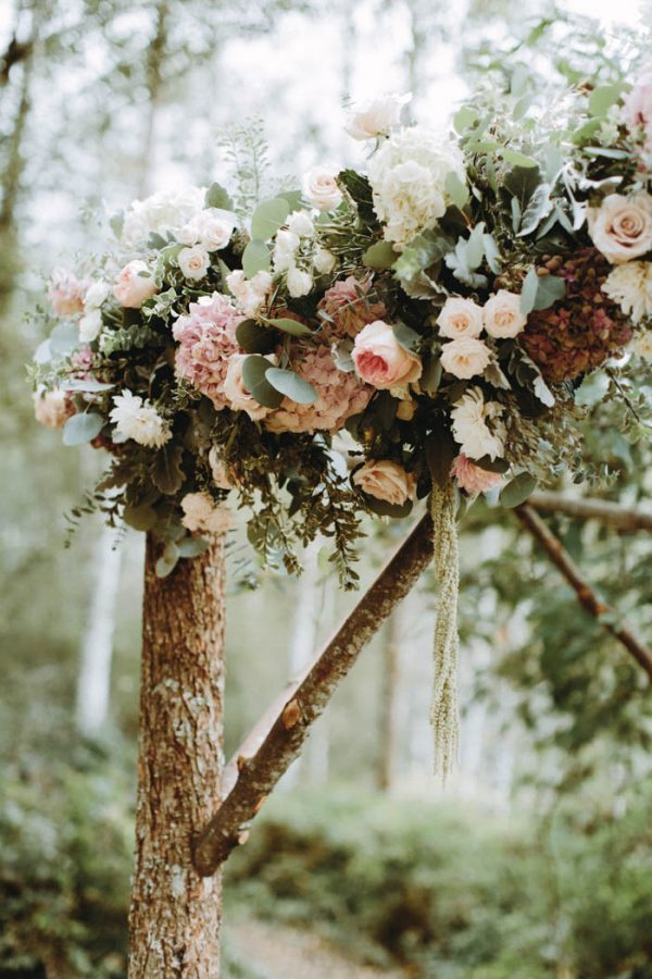 travel-inspired-wedding-in-the-woods-of-north-bend-wa-anni-graham-photography-27