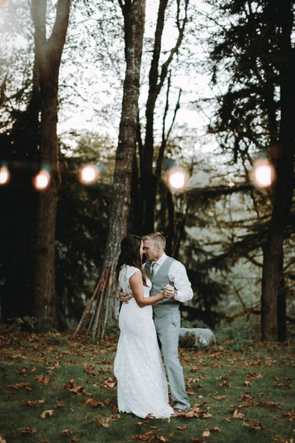 travel-inspired-wedding-in-the-woods-of-north-bend-wa-anni-graham-photography-3