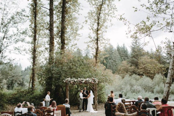 travel-inspired-wedding-in-the-woods-of-north-bend-wa-anni-graham-photography-35
