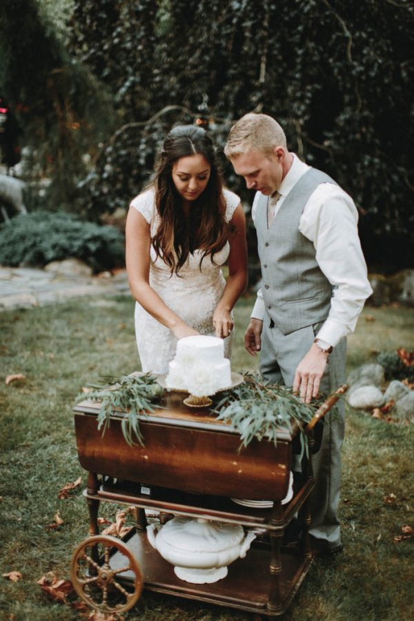 travel-inspired-wedding-in-the-woods-of-north-bend-wa-anni-graham-photography-5