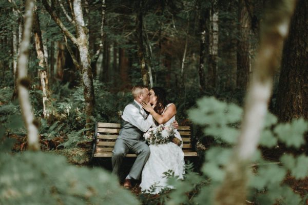 travel-inspired-wedding-in-the-woods-of-north-bend-wa-anni-graham-photography-75