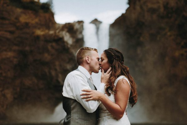 travel-inspired-wedding-in-the-woods-of-north-bend-wa-anni-graham-photography-9