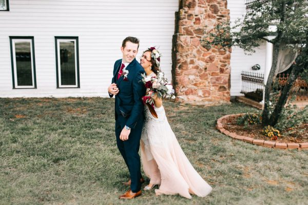 two-old-souls-tied-the-knot-in-a-vintage-wedding-at-the-barn-at-the-woods-sarah-libby-photography-12
