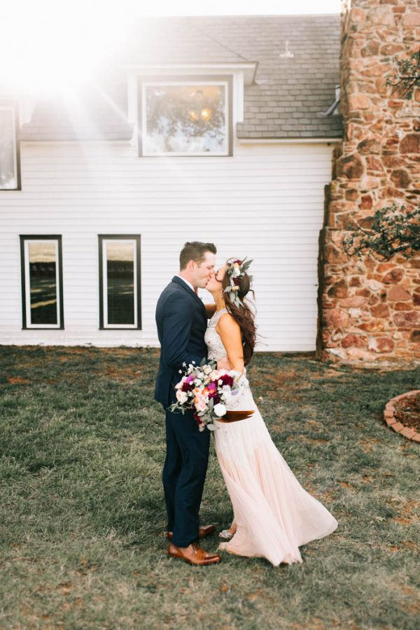 two-old-souls-tied-the-knot-in-a-vintage-wedding-at-the-barn-at-the-woods-sarah-libby-photography-13