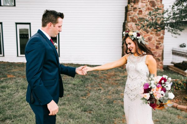 two-old-souls-tied-the-knot-in-a-vintage-wedding-at-the-barn-at-the-woods-sarah-libby-photography-15