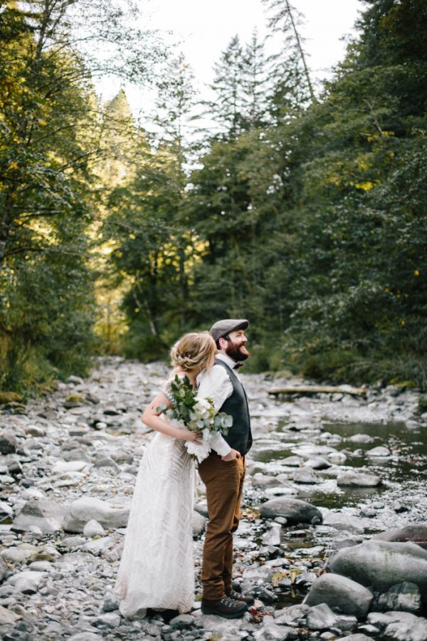 whimsical-and-heartfelt-wahclella-falls-elopement-abby-tohline-photography-co-10