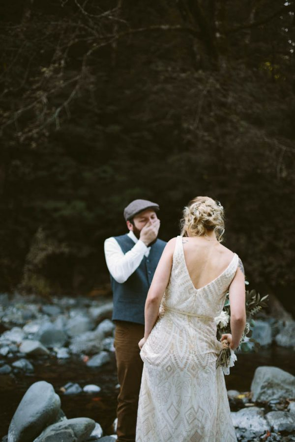 whimsical-and-heartfelt-wahclella-falls-elopement-abby-tohline-photography-co-11