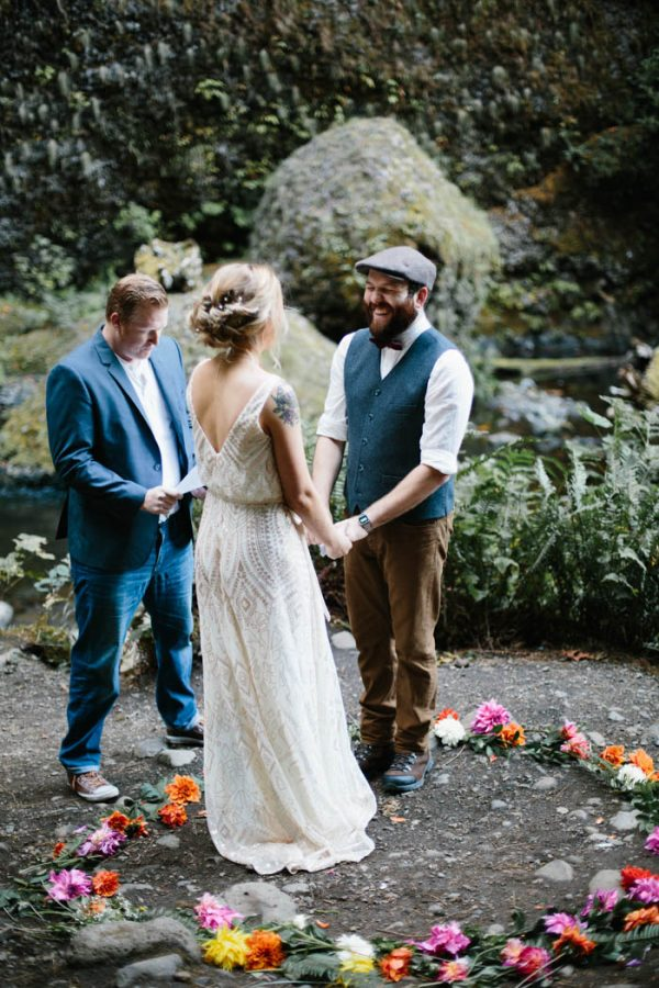 whimsical-and-heartfelt-wahclella-falls-elopement-abby-tohline-photography-co-23