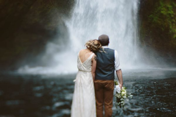 whimsical-and-heartfelt-wahclella-falls-elopement-abby-tohline-photography-co-31