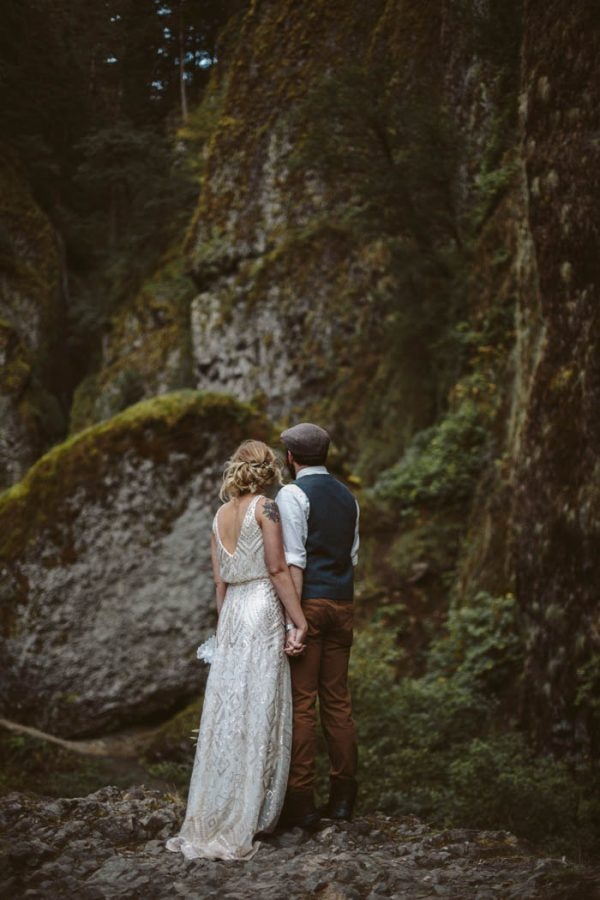 whimsical-and-heartfelt-wahclella-falls-elopement-abby-tohline-photography-co-37