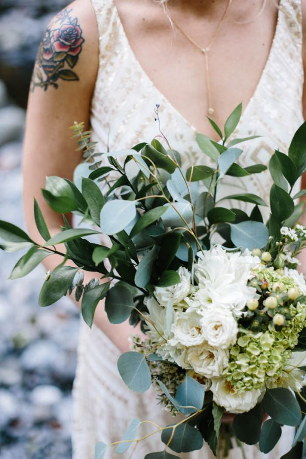 whimsical-and-heartfelt-wahclella-falls-elopement-abby-tohline-photography-co