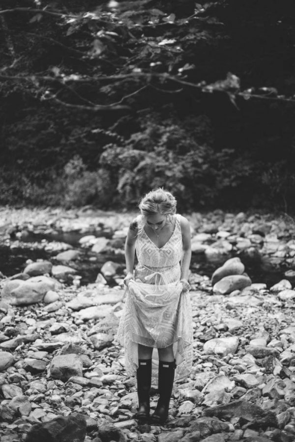 whimsical-and-heartfelt-wahclella-falls-elopement-abby-tohline-photography-co-7