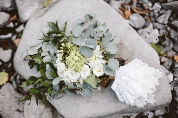 whimsical-and-heartfelt-wahclella-falls-elopement-abby-tohline-photography-co-8