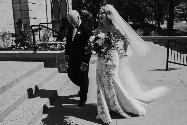 wildly-elegant-ottawa-wedding-at-chateau-laurier-joel-bedford-photography-38