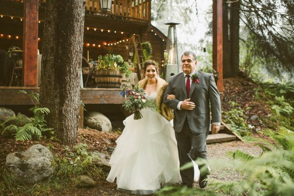 wintry-jewel-tone-arkansas-wedding-at-raven-glacier-lodge-marcie-and-shawn-photography-26