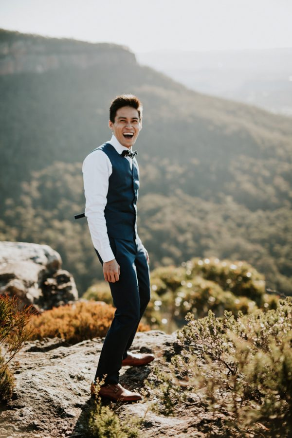 adventurous-engagement-photos-in-australias-blue-mountains-11