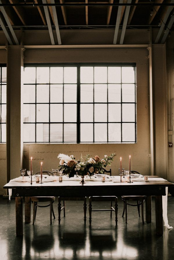 castaway-portland-wedding-inspiration-in-autumnal-neutral-tones-15