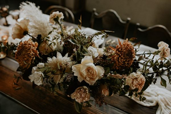 castaway-portland-wedding-inspiration-in-autumnal-neutral-tones-16