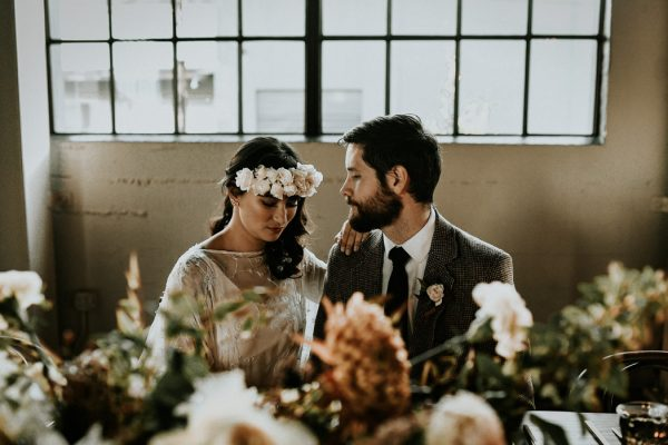 castaway-portland-wedding-inspiration-in-autumnal-neutral-tones-18