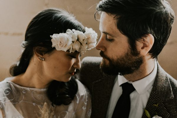 castaway-portland-wedding-inspiration-in-autumnal-neutral-tones-23