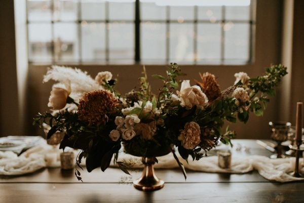 castaway-portland-wedding-inspiration-in-autumnal-neutral-tones-39