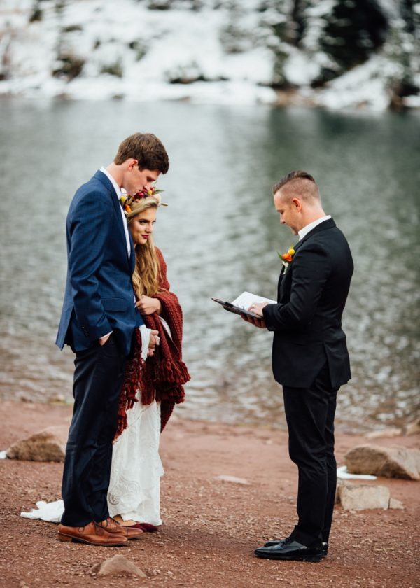 cozy-aspen-elopement-in-the-maroon-bells-14