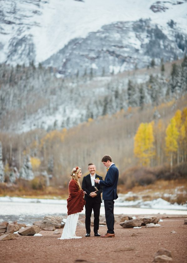 cozy-aspen-elopement-in-the-maroon-bells-16