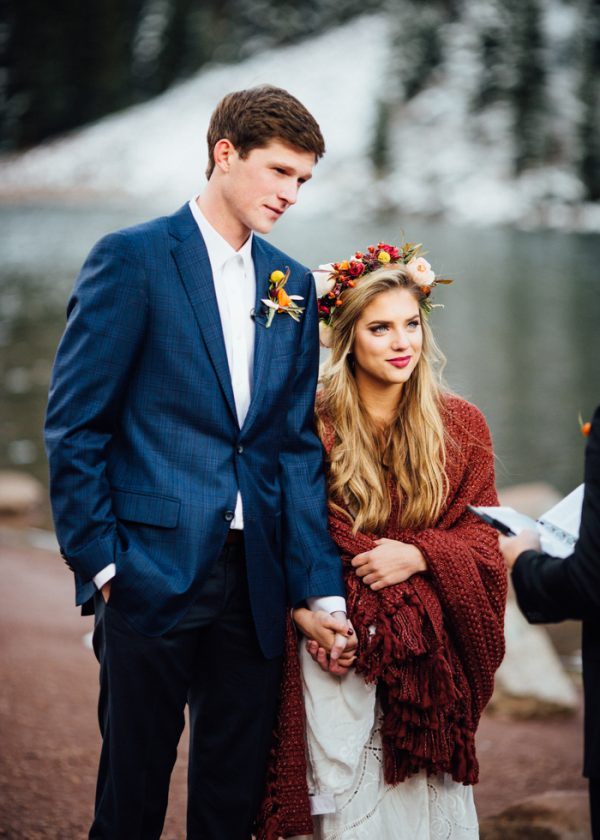 cozy-aspen-elopement-in-the-maroon-bells-17