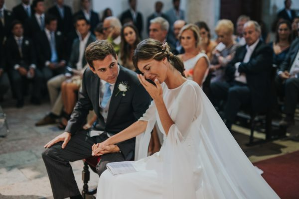 Effortlessly Beautiful Portuguese Wedding At Home 32