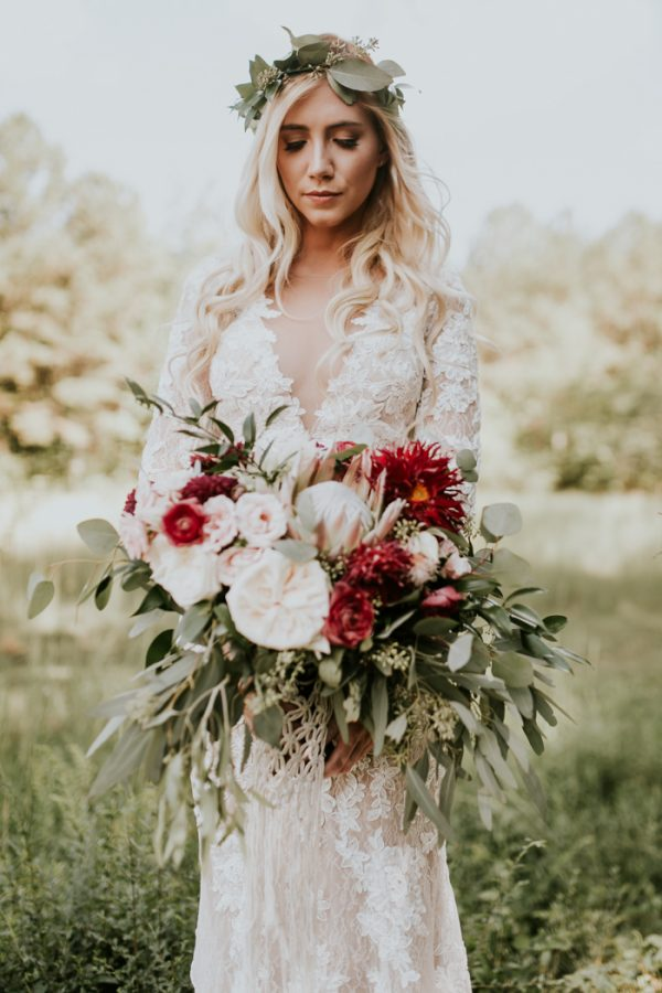 gorgeous-southern-marsala-wedding-at-grace-oaks-10