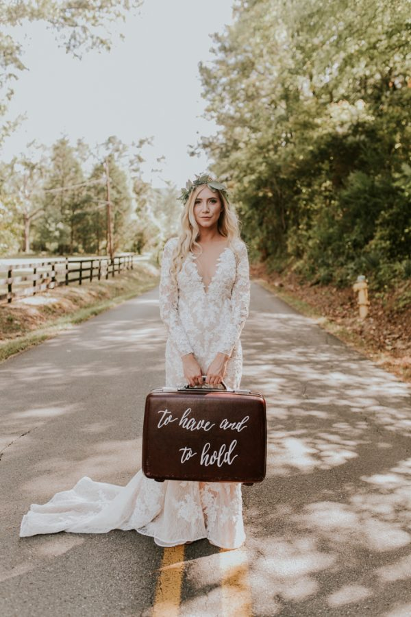 gorgeous-southern-marsala-wedding-at-grace-oaks-16