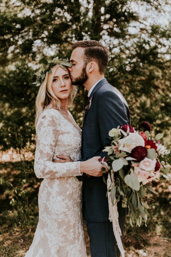 gorgeous-southern-marsala-wedding-at-grace-oaks-22