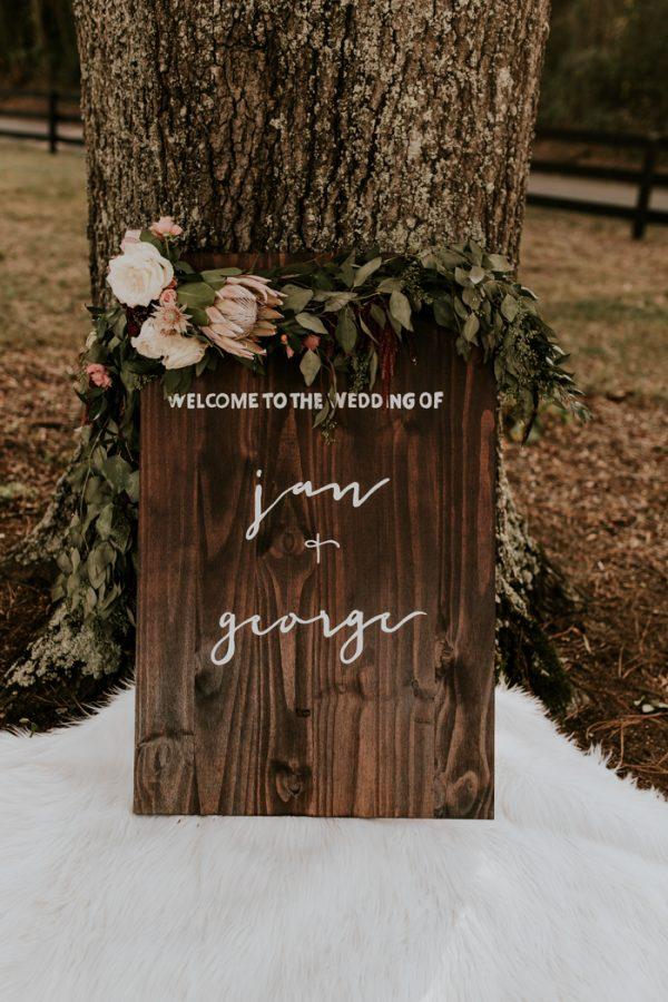 gorgeous-southern-marsala-wedding-at-grace-oaks-38