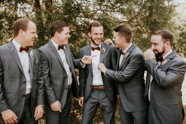 gorgeous-southern-marsala-wedding-at-grace-oaks-4