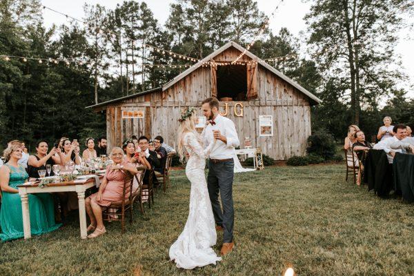 gorgeous-southern-marsala-wedding-at-grace-oaks-57
