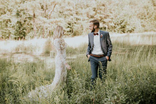 gorgeous-southern-marsala-wedding-at-grace-oaks-8