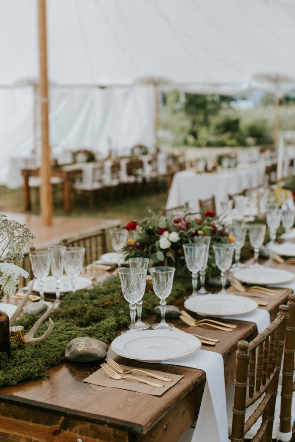 naturally-boho-maine-wedding-at-the-lookout-20