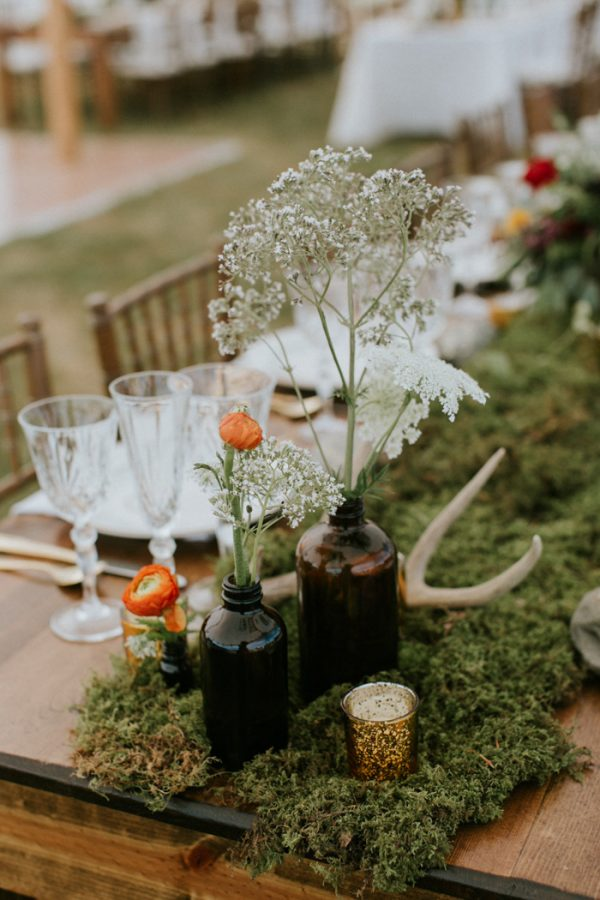 naturally-boho-maine-wedding-at-the-lookout-21