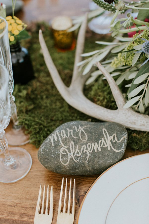 naturally-boho-maine-wedding-at-the-lookout-22