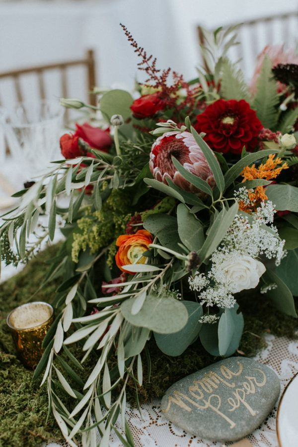 naturally-boho-maine-wedding-at-the-lookout-25