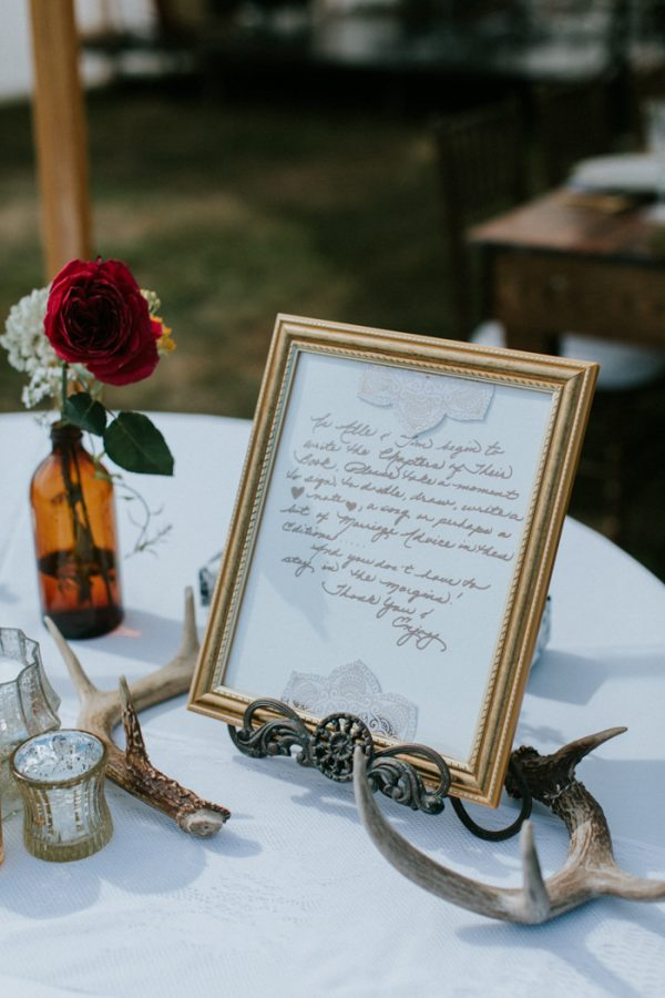naturally-boho-maine-wedding-at-the-lookout-31